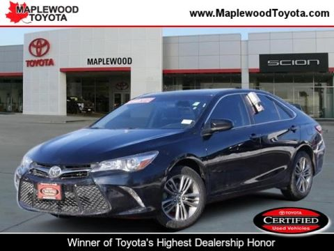 Certified Pre-Owned 2015 Toyota Camry SE 4dr Car
