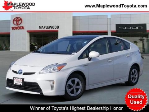 Pre-Owned 2014 Toyota Prius Four Hatchback